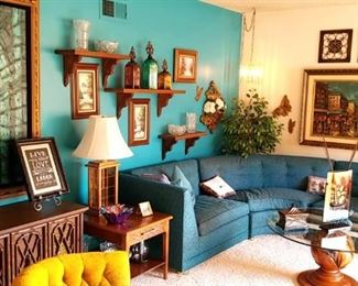 The vintage 1960's living room is too cool!