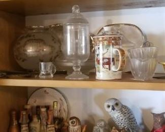 Lots of collectible owls