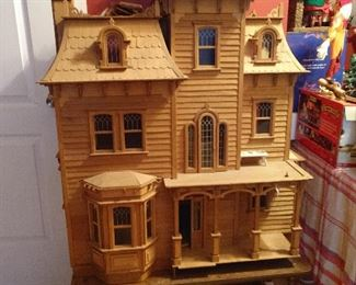 **BEAUTIFUL***LARGE WOODEN DOLL HOUSE AND  FURNITURE