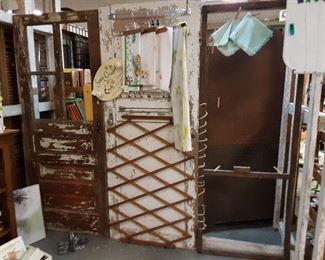Several doors and display pieces