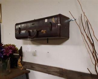 Suitcase shelves!@