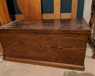 $50    Hope chest