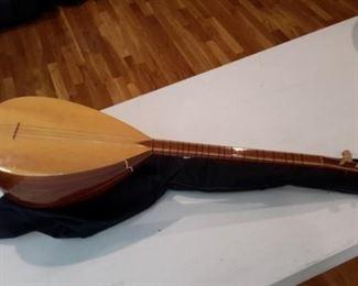 Tanbur made in Turkey, like new!