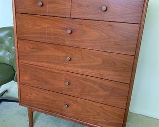 Lovely mid century modern dresser