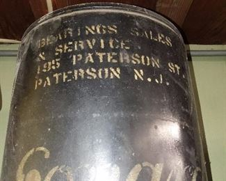 Vintage Advertising Oil Can