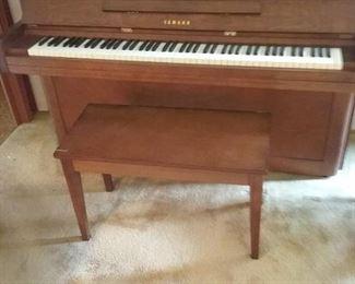 02 Vintage Yamaha Upright Piano