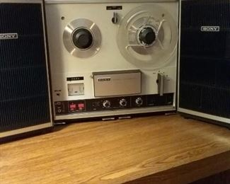 36 Vintage Sony Solid State TC252 Stereo Reel to Reel Tapecorder