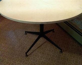 39 MidCentury Round Kitchen Table