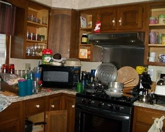 Microwave Not For Sale, Pots & Pans, Kitchen Items