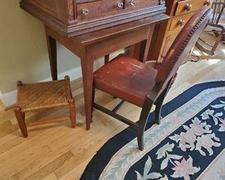 Antique  1800s table
