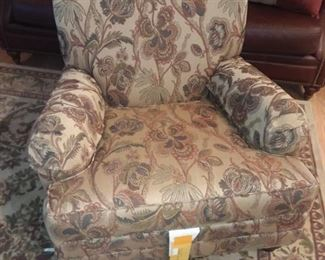 Ethan Allan club chair. Excellent condition,  fabulous print. COMFORTABLE & looks great!