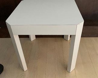 Ivory end tables (2 available)