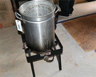 2. Turkey Fryer wStandTurkey Fryer wStand