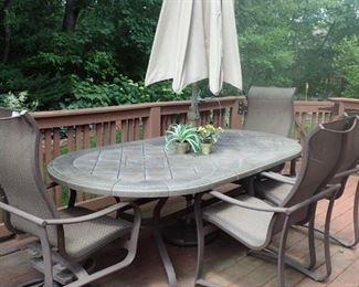 OUTDOOR PATIO TABLE W/ 6- CHAIRS - UMBRELLA