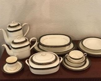 Noritake set for 12 with serving