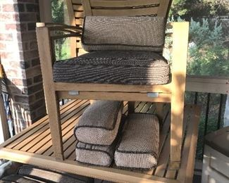 light weight aluminum mod patio set with four chairs