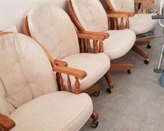 Set 4 chairs $40
