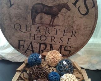Horse farm motif