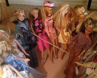 Bountiful bunch of Barbies