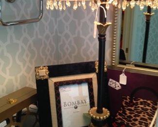 Lovely Bombay frame; additional lamp