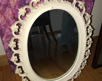 SHABBY CHICK OVAL MIRROR