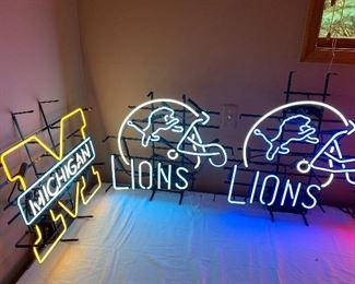 DETROIT LIONS NEON SIGNS