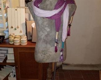 Mannequin & scarves
