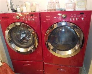 Red Frigidaire Infinity Washer & Dryer with bases