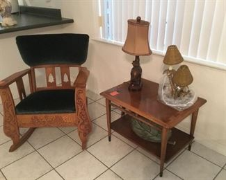 Antique rocker / lane made table 60's