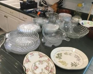 Collection of glass shells and fish plates