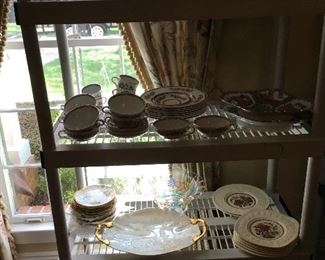 More dishes ....Wedgwood, made in Italy ....