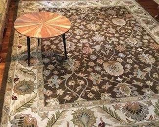 Large carpet 8' x 10'