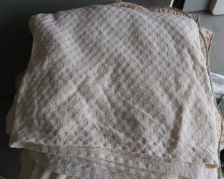 Cotton blankets and coverlets