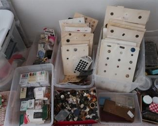 Amazing collector buttons and sewing Hundreds of buttons