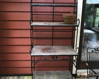 Metal bakers rack