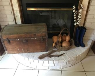 Complete Antique trunk, gourds, New UGG rubber boats (size 6)