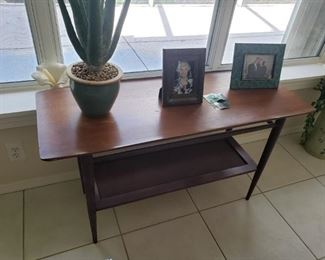 BASSET T FURNITURE MID CENTURY SOFA TABLE