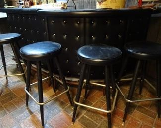 ... AWESOME 2 pc bar with matching stools ... OR just belly on up!!!