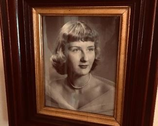 Elegant early 20th century frame with our glamour gal in a photo from the 1950's