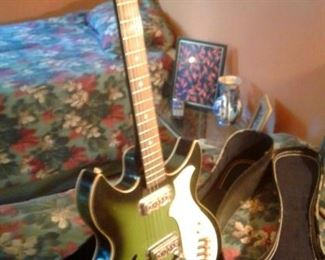 Harmony Electric Guitar in excellent condition. Case kept