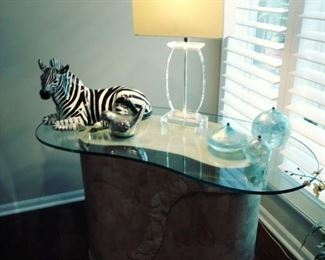 marble w/glass top table