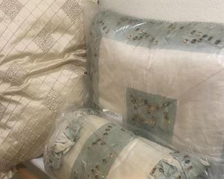Beautiful decor pillows