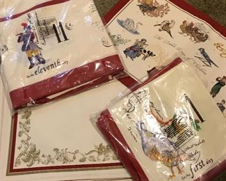 Williams Sonoma Christmas linen set