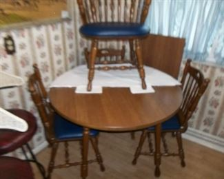 kitchen table, chairs, leaf, pads