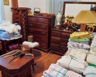 Ethan Allen cherry bedroom furniture