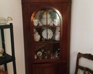 Have 2 of the beautiful corner cabinets.  Pennsylvania House reproduction by Lewisburg Chair and Furniture Co.