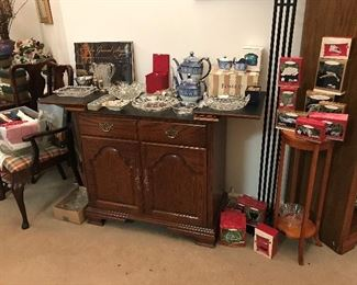 Stanley Co. Bar/Buffet.  Bombay Tea and Coffee Pot, Star Trek Hallmark ornaments, etc