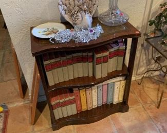 All wood book stand with leather top   50.00$
