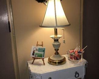 Lennox lamp, mark present.