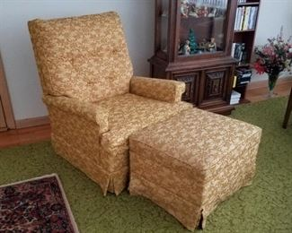 Pair (2) Mid century gold brocade armchairs, tufted backs, by Kroehler Signature Design.  Also, one matching ottoman.